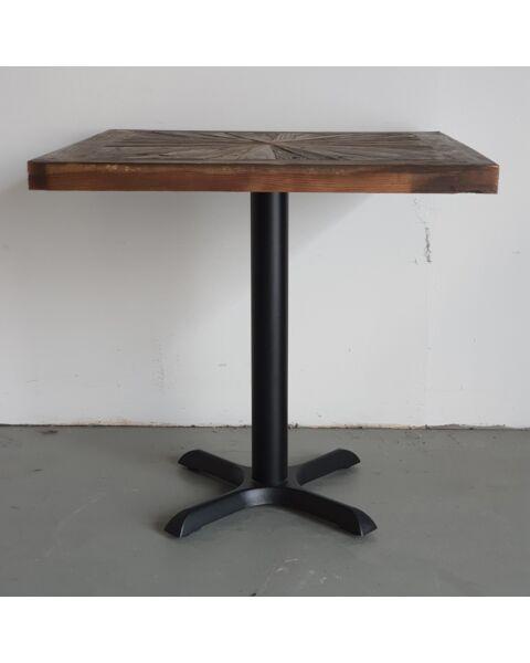 rustieke bistro tafel