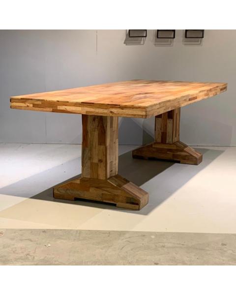 Robuuste tafel teak eiken massief hout uitverkoop